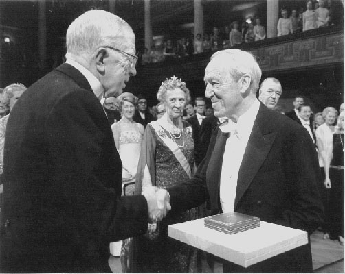 Alfvén receiving the 1970 Nobel Prize in Physics from the King of Sweden